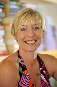 CaroleMatthews_-_smiley_headshot