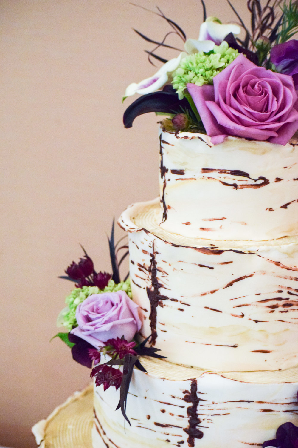 Jackie Edible Art Bakery Brainerd Wedding Cakes-80.jpg