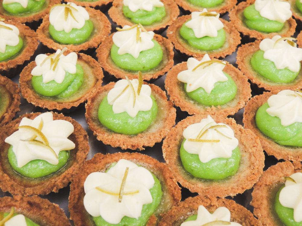 Jackie Edible Art Bakery Brainerd Wedding Cakes-77.jpg