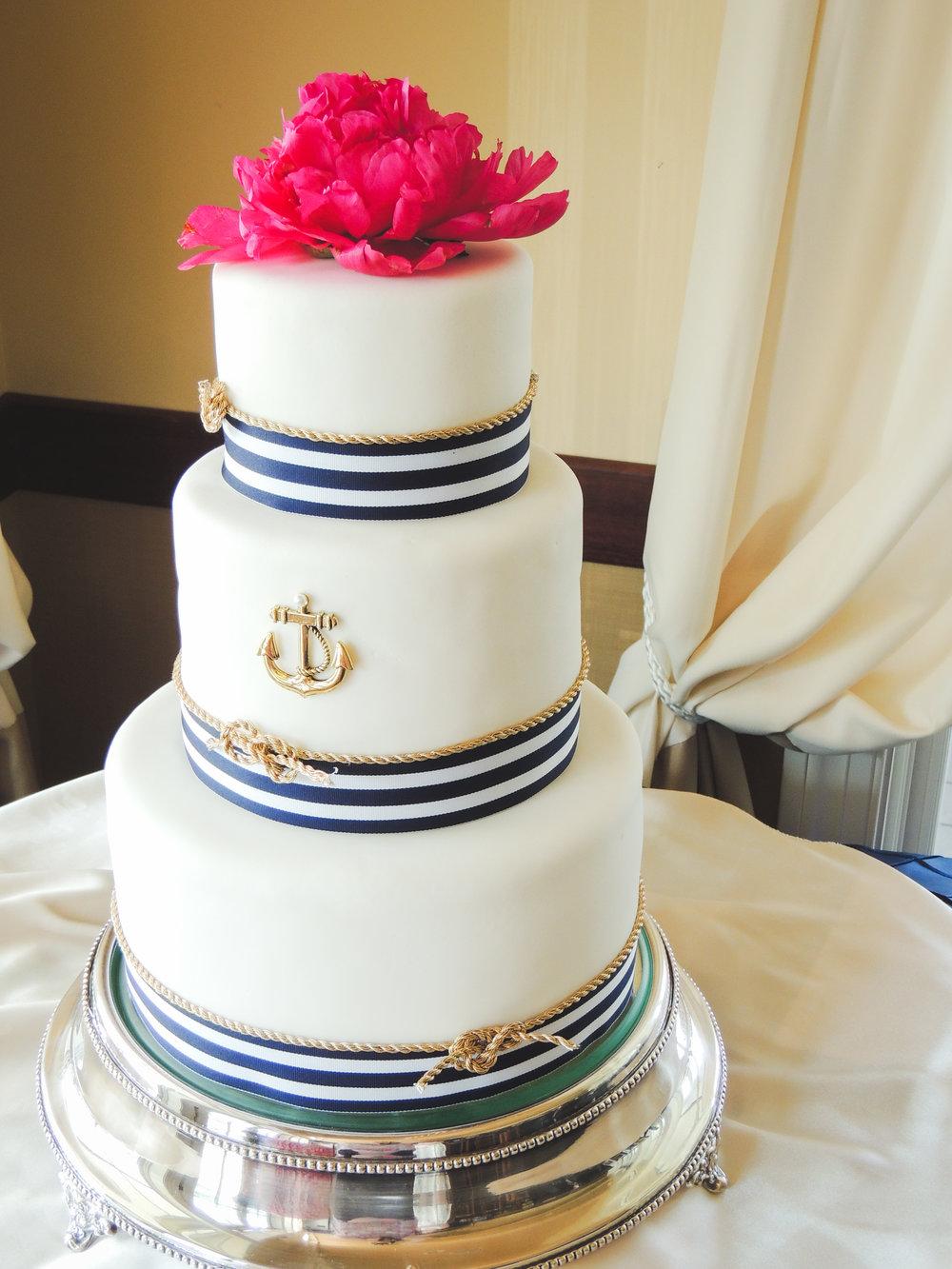 Jackie Edible Art Bakery Brainerd Wedding Cakes-36.jpg