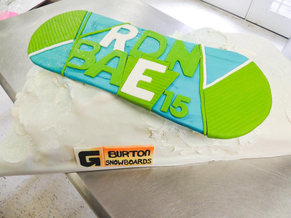 Jackie Edible Art Bakery Brainerd Wedding Cakes-18.jpg
