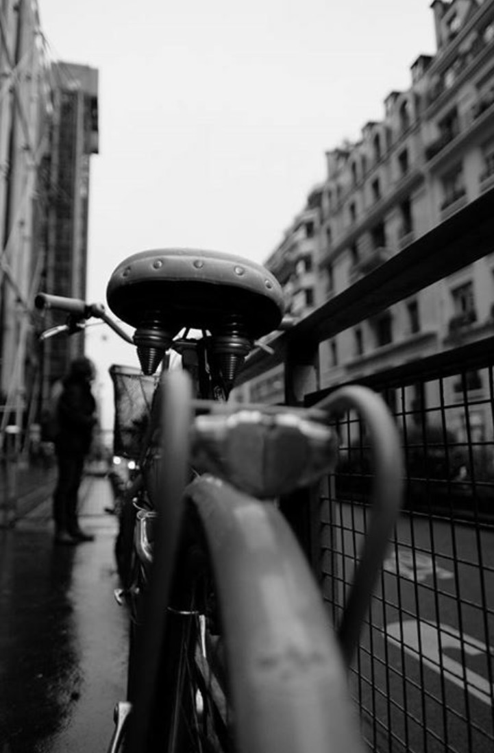 Photography: Paolo Esquivel /  Paris in B&W