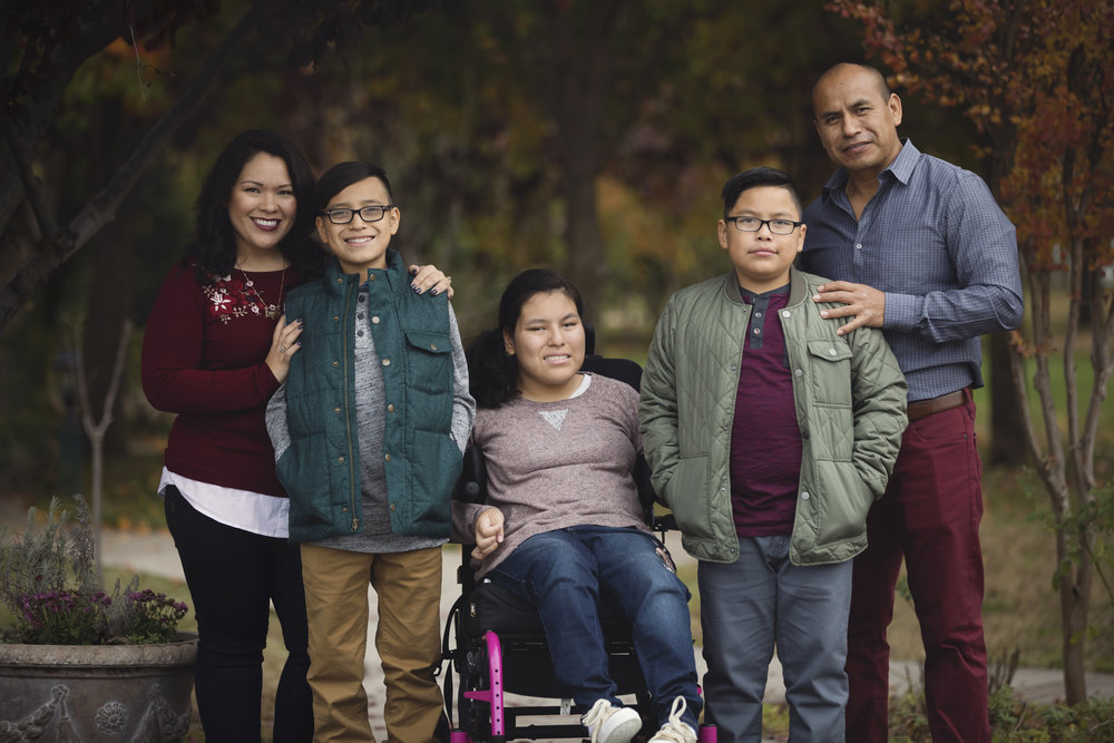 Family photo with wheel chair Red Bluff photographer