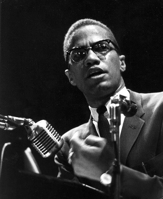 Malcolm X aka el-Hajj Malik el-Shabazz. Certifié non-musulman par Siné.