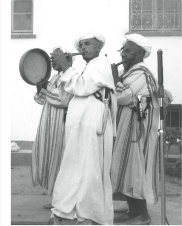 Trio Aouda avec bendir (ou tallount), lors d'un enregistrement à Essaouira.