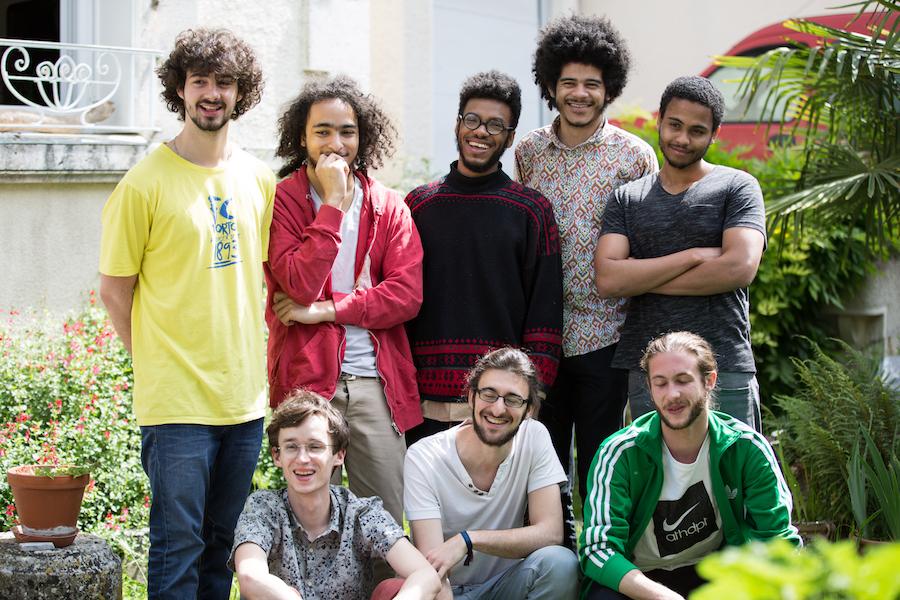 De haut en bas et de gauche à droite : Nicolas Fernandes, Julien Langlade, Dorris Biayenda, Pierre Sanges, Noé Hourant, Florent Micheau, Jordan Soivin.© Margot Vonthron