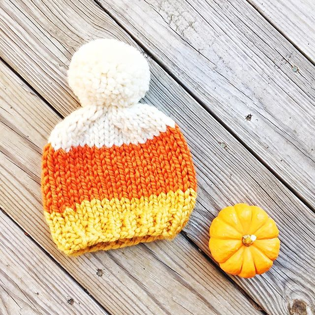 Now that this has been sent to one of my favorite little trick-or-treaters I can post it! Are you ready for Halloween? 🍁🎃🍁🎃🍁🎃🍁🎃🍁 #craftsposure #knittersofinstagram #knitlove #creativelifehappylife #craftcolourmyday #abmlifeisbeautiful #abmcrafty #wipsandblooms #fibrespacefo #yarnlove #knittingaddict #craftastherapy