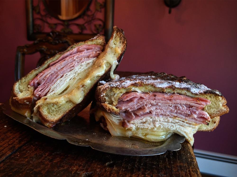 """""""Delish Monte Cristo Sandwich"""""""
