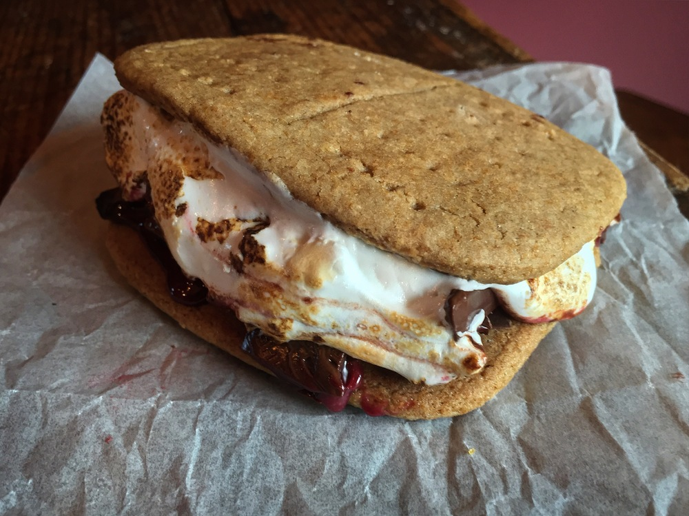 """Homemade S'mores"""