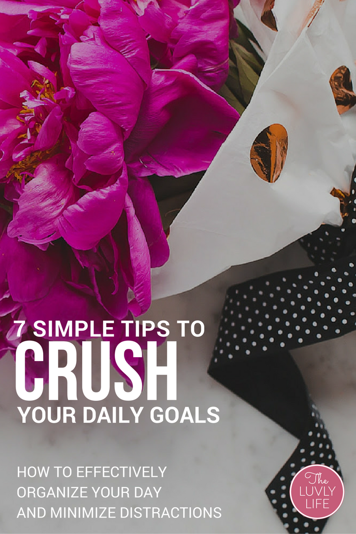 If your day is crowded with interruptions or you're not reaching your goals, these simple tips will help you find your focus, shut out the distractions, and effectively organize your day so that you can crush your biz goals. Click through to learn how I'm 10Xing my biz.