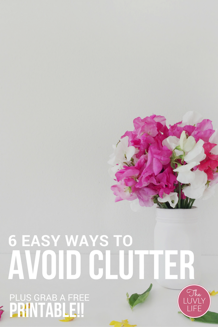 Do you find yourself constantly tackling everyday clutter in your household? These 6 easy tricks can help you control and avoid clutter. BONUS: Click through to grab a FREE pantry tracker!