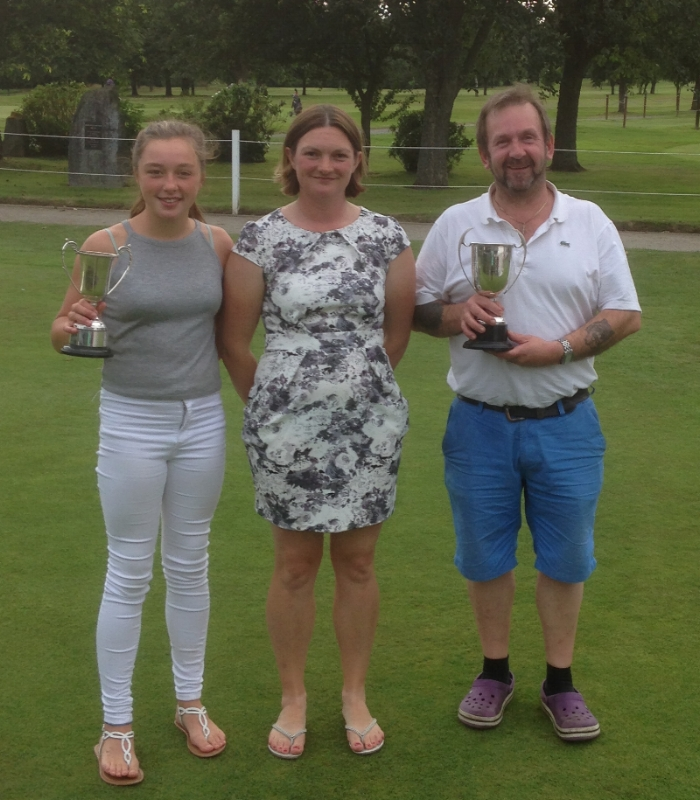 From left - Grace Edwards (Ladies winner), Sherrie Edwards (Lady Captain), Dave Field (Men's winner)