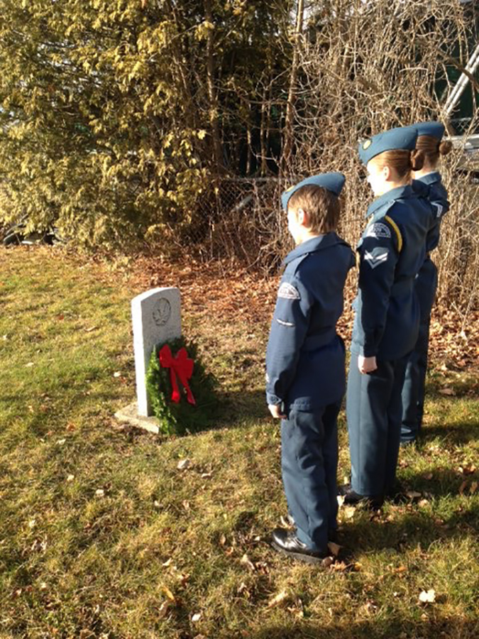 12 December 2015: Some of our cadets were out laying wreaths at headstones of North Glengarry veterans as part of the Wreaths Across Canada program. On this picture: cadets Diraddo, Larocque and Jeaurond.