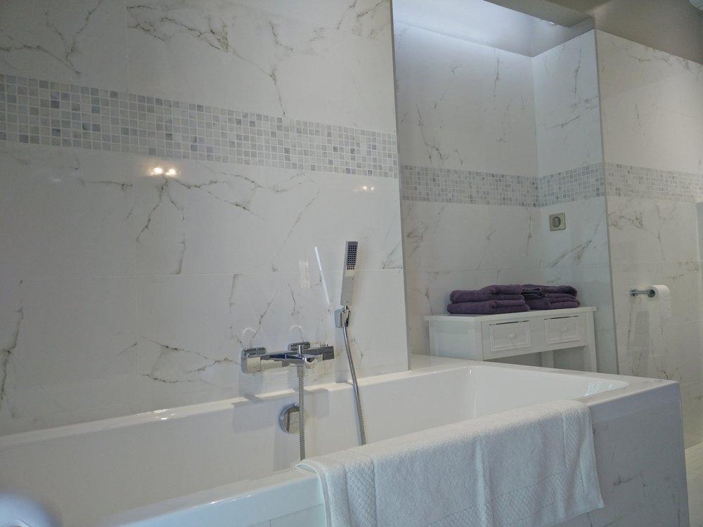 Chambre Chablis, la baignoire