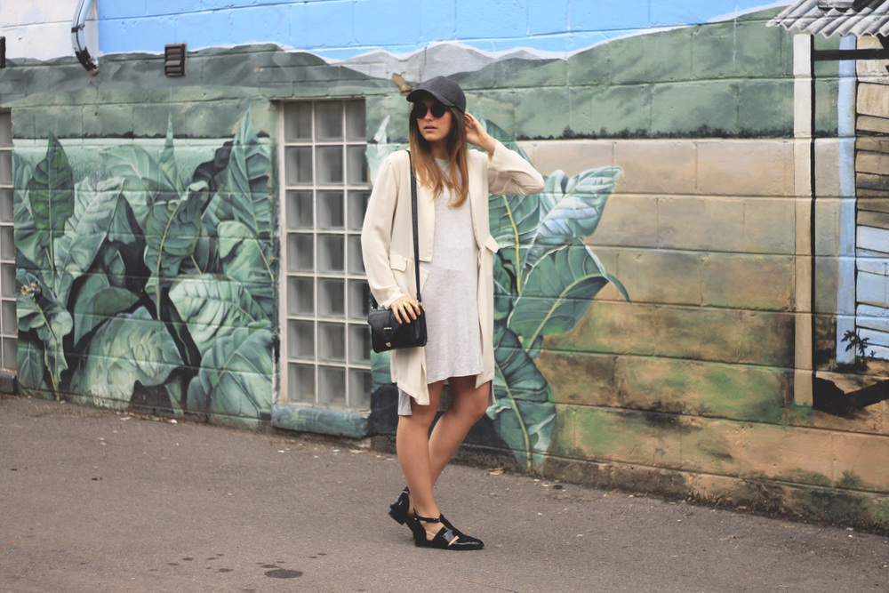 and other stories grey mid cotton dress cream duster cap sunglasses boots fashion blog