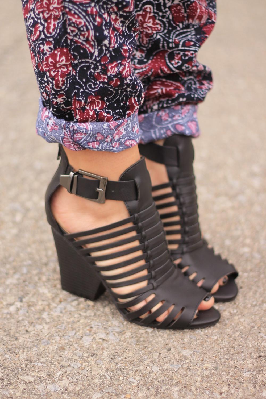 favorite-woven-sandals-forever21-black
