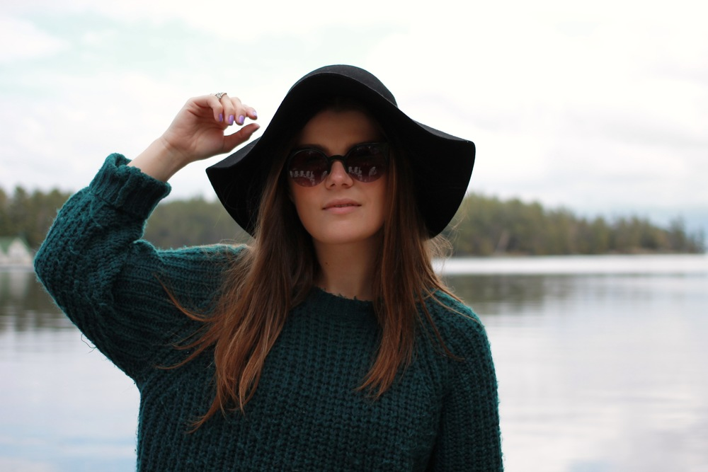 forever21 knit sweater cateye sunglasses