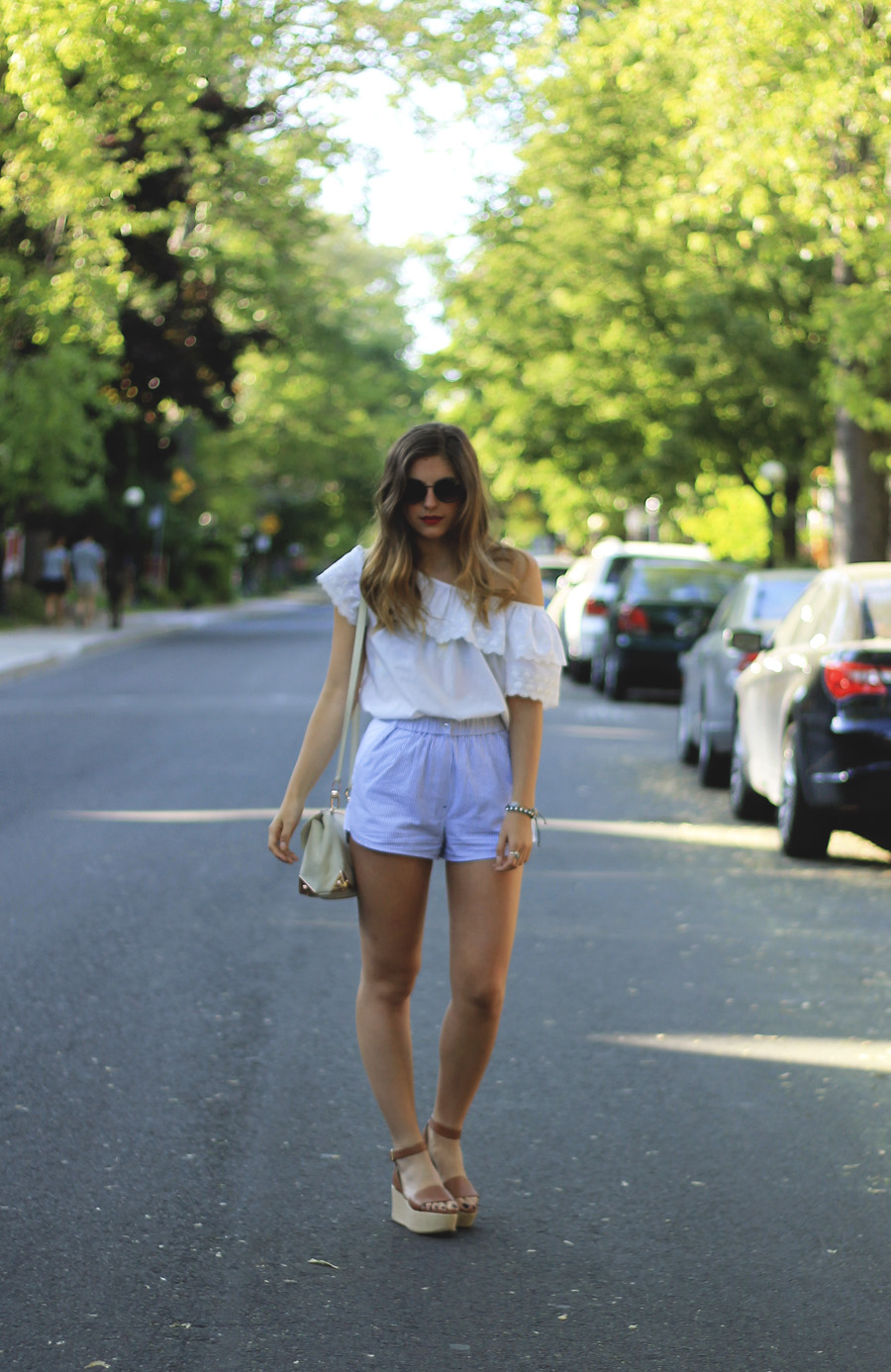 joe fresh woven brown flatforms blue swhite stripe shorts white lace frill blouse