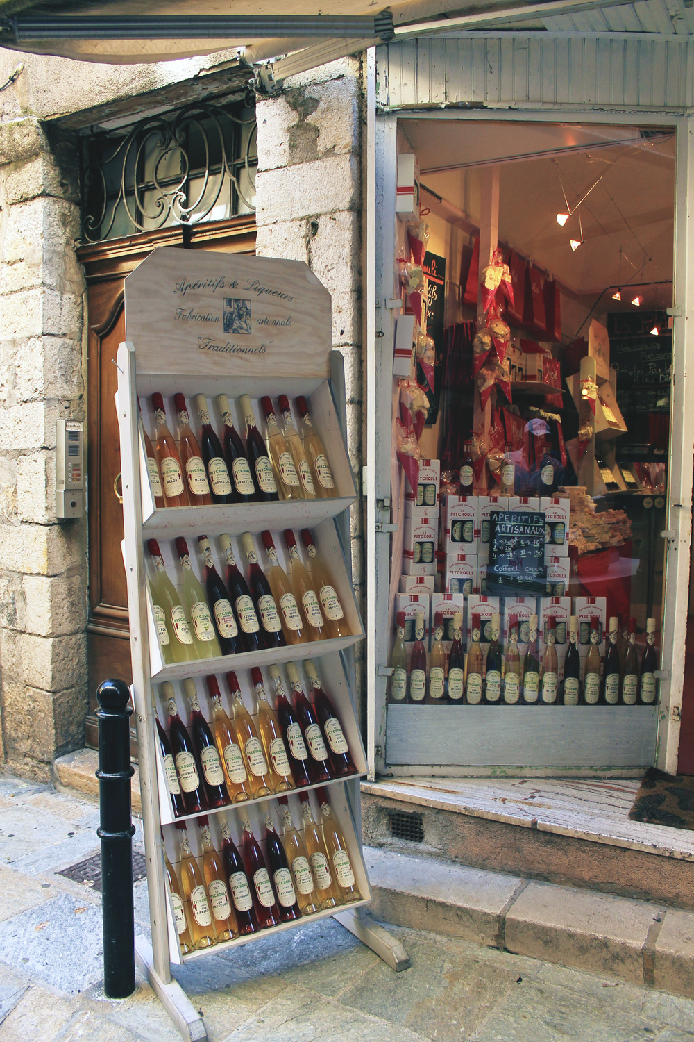 le pitchouli france grasse artisan wine shop