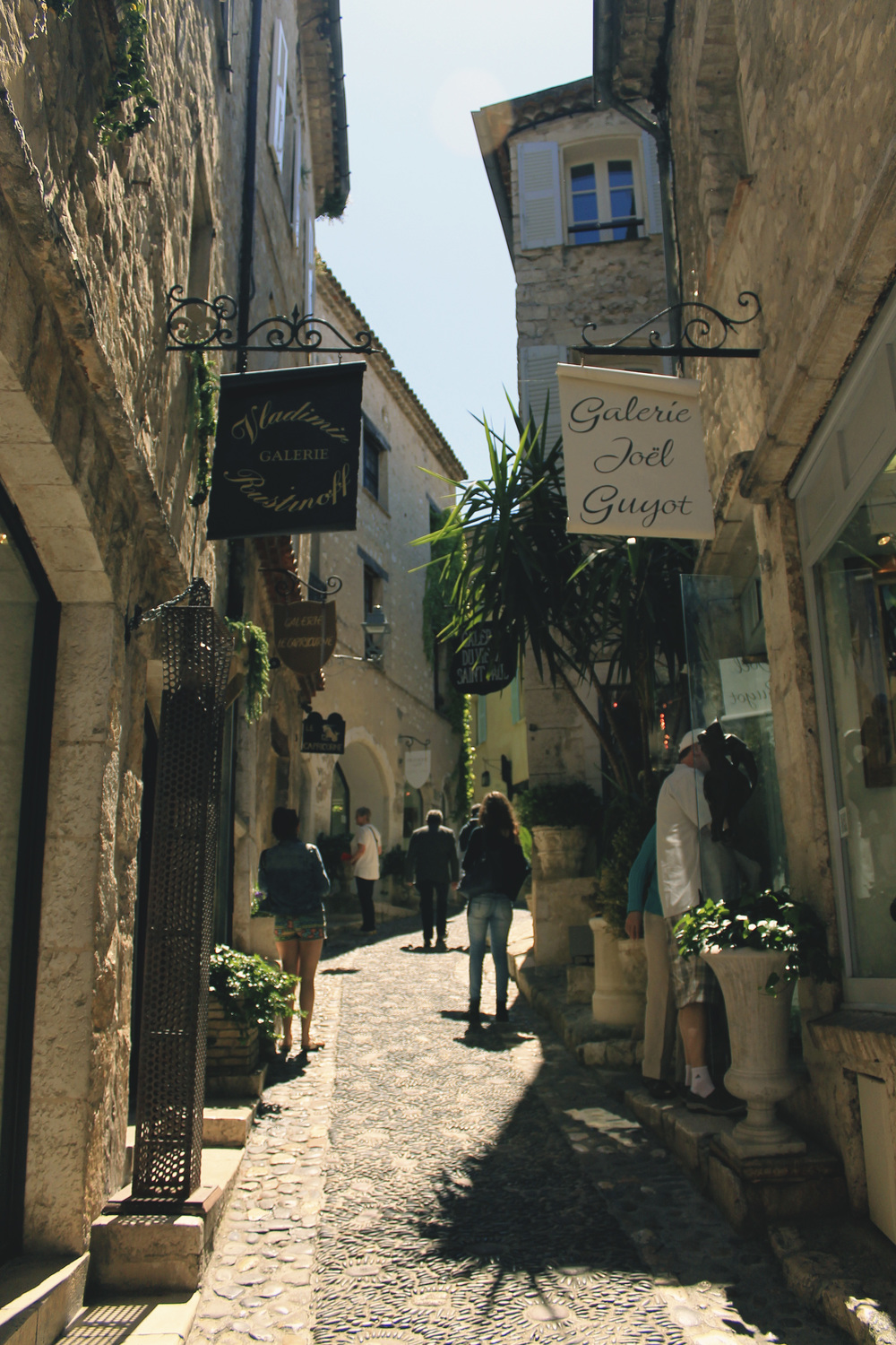 saint paul de vence france spring shops street