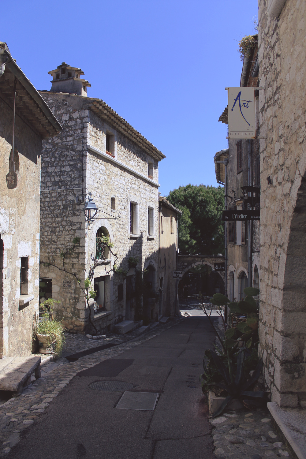 saint paul de vence france street stone cobble