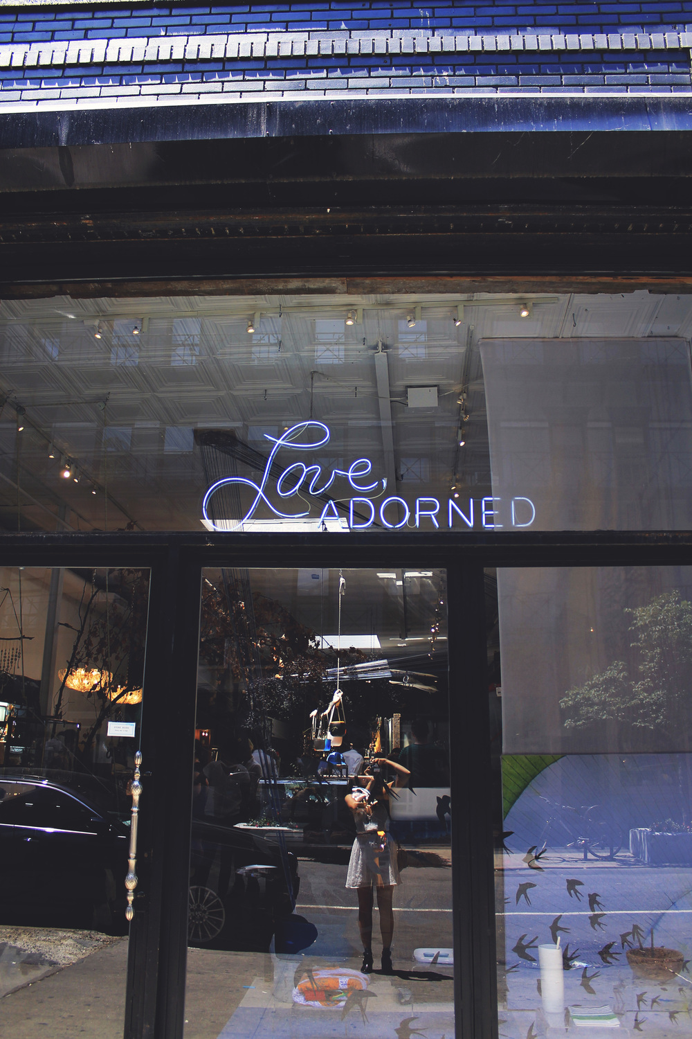 love adorned shop neon sign nolita new york city