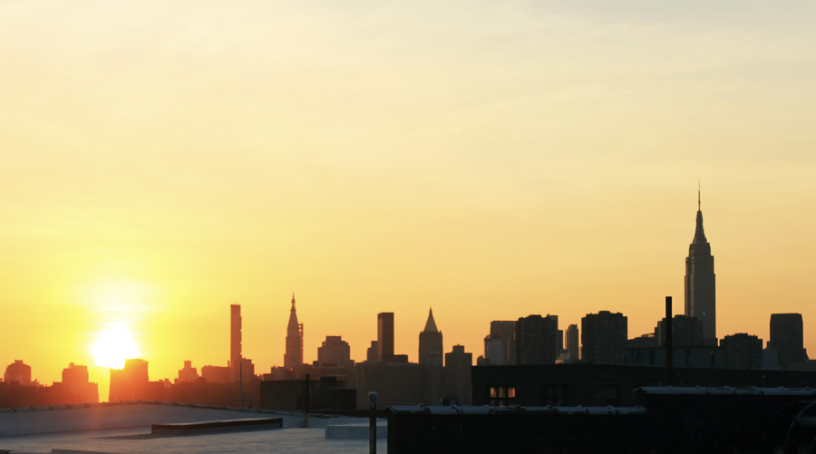 sunset new york manhattan from brooklyn