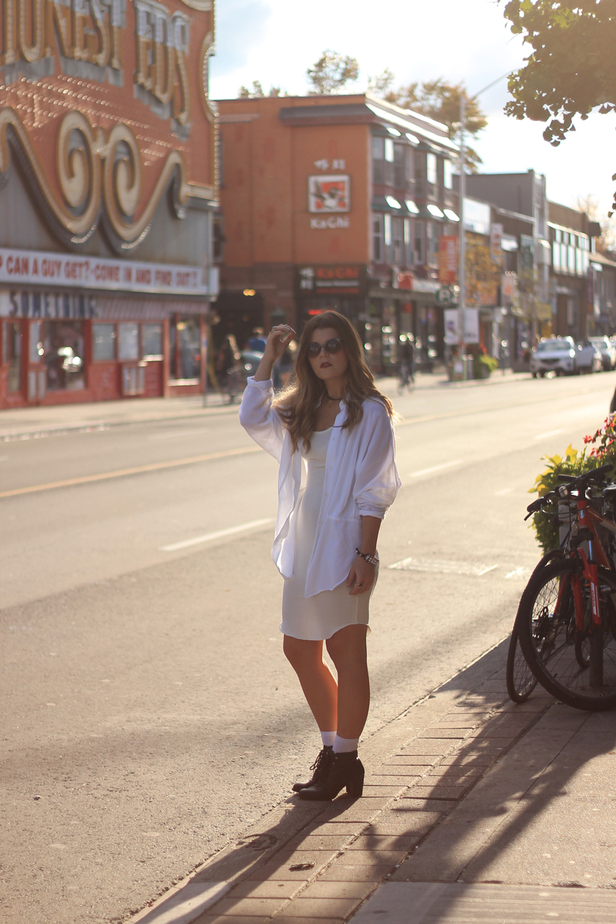 honest eds, toronto, bloor, spadina, blogger, style, outfit, fashion, media