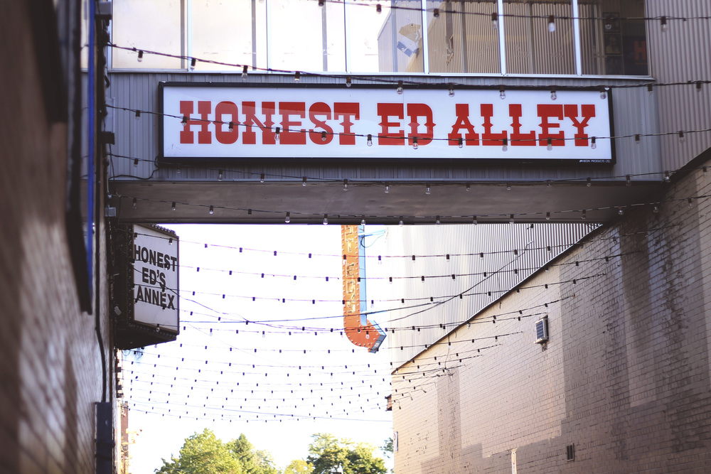 honest ed alley annex toronto blog summer