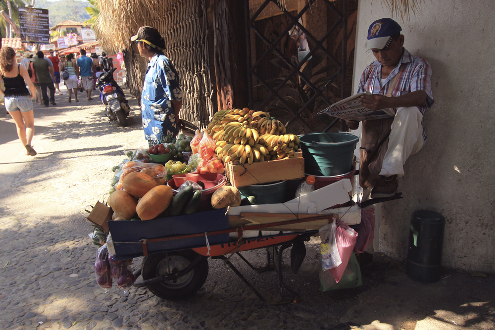fruit cart zihuatenejo mexico vendor