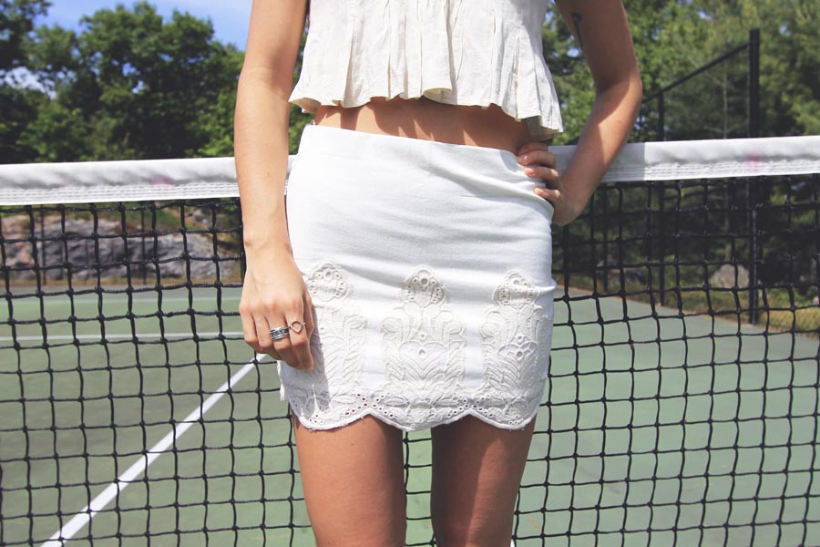 zara-lace-scalloped-hem-skirt-cream1.jpg