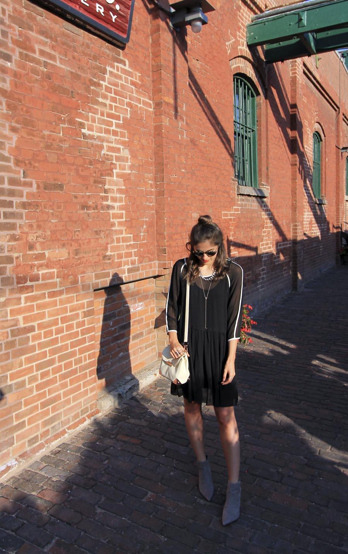 distillery-district-fashion-blogger-toronto.jpg