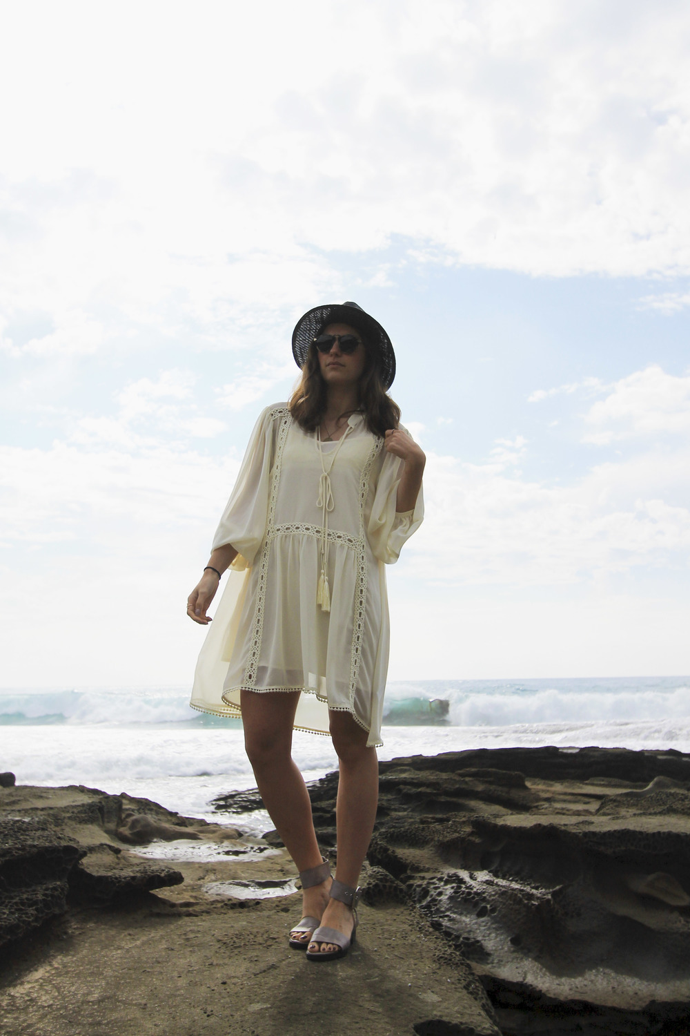 forever-21-black-straw-hat-grey-strap-buckle-sandals-style-blogger-beach.jpg