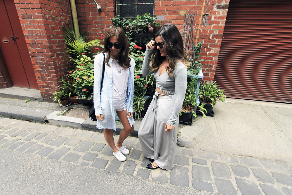 fashion-bloggers-melbourne-alleyway-style-krimper.jpg