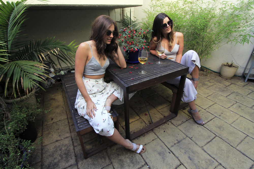 west-melbourne-airbnb-patio-fashion-bloggers-travel.jpg