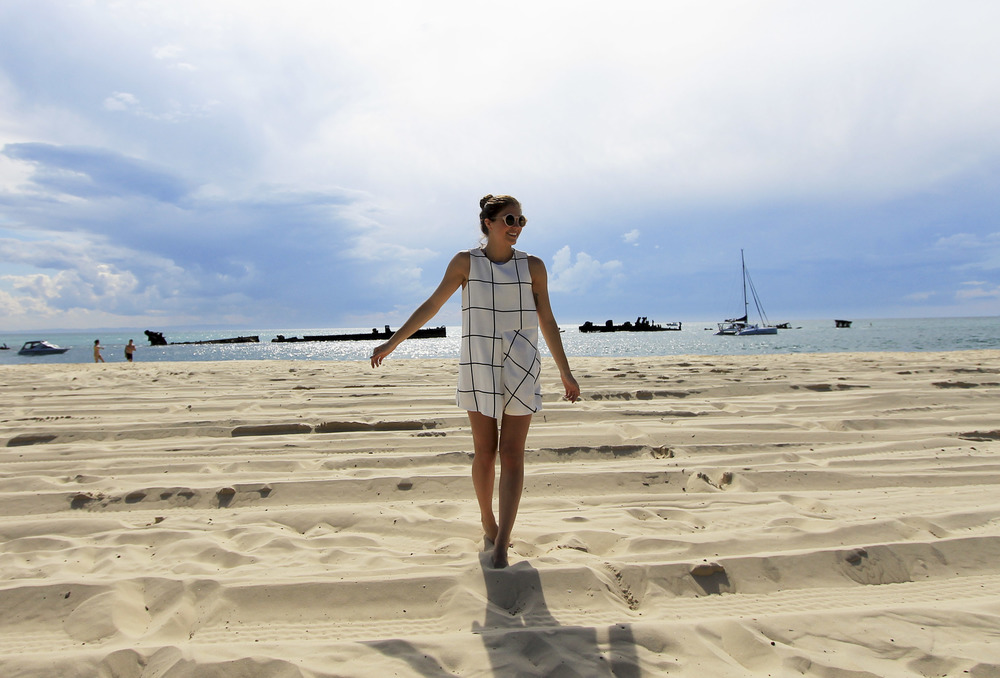 zara-grid-check-white-black-playsuit-beach-fashion-blogger-australia.jpg