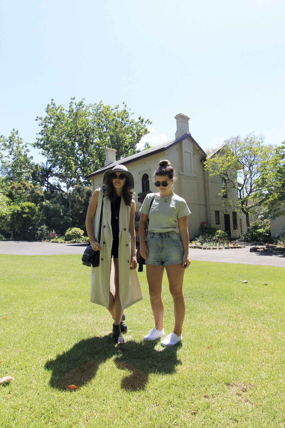 fashion-bloggers-style-outfits-melbourne-gardens-travel-forever-21-topshop.jpg