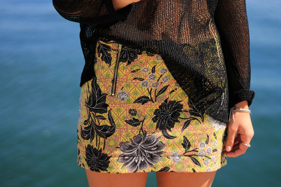 zipped floral skirt