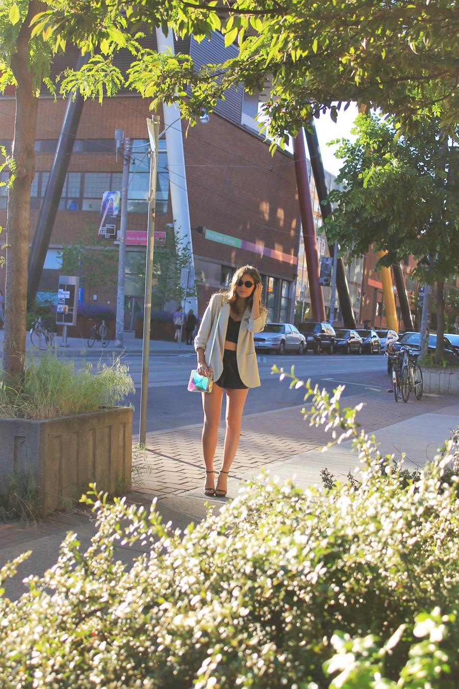 minimalism minimalist monochrome trend fashion