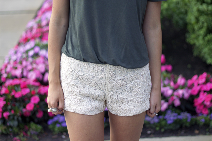 lacy hotpants army green