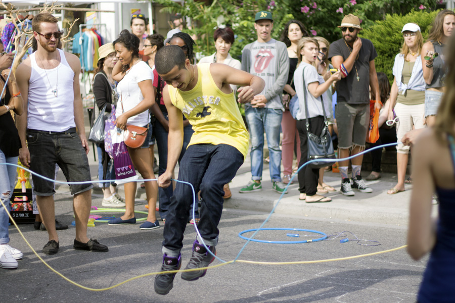 jump rope toronto pedestrian sunday kensington market