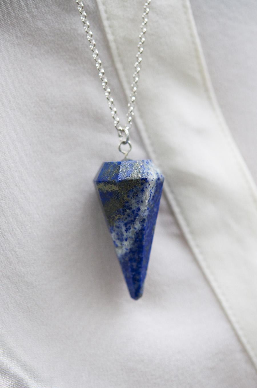 bd6cf-bluependulumnecklace.jpg