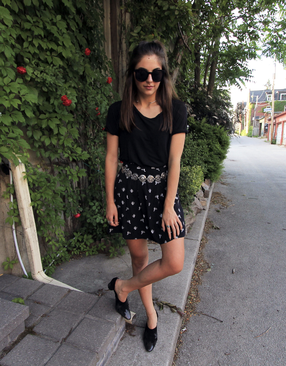 & other stories black cactus print white skirt outfit style.jpg