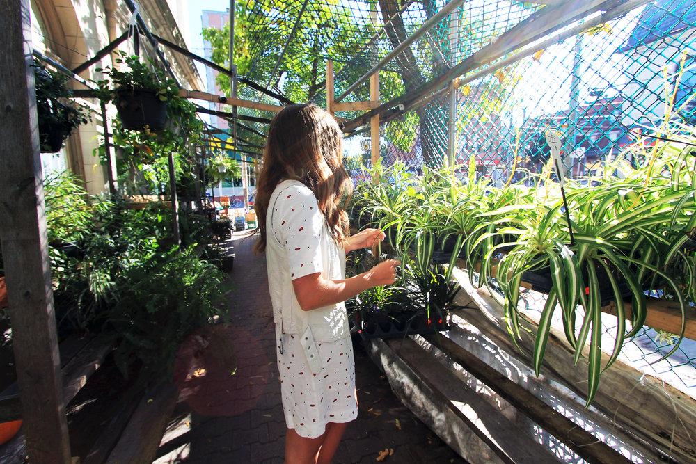 garden market queen street west toronto outfit style.jpg