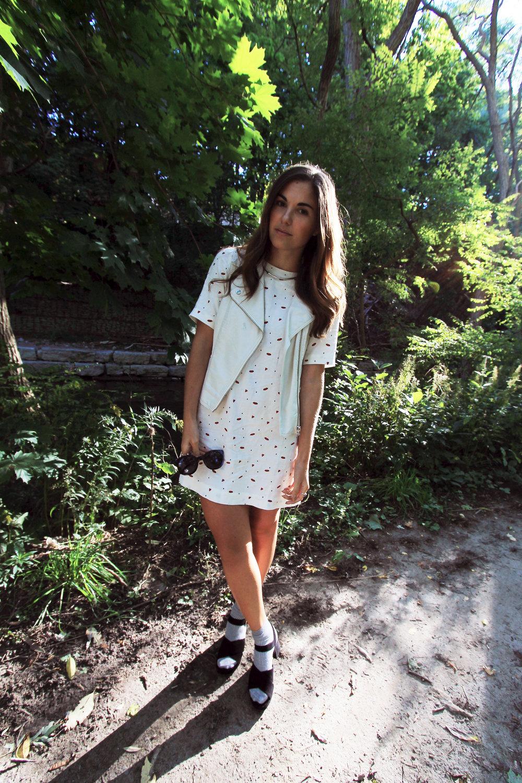 toronto fashion blogger outfit zara platform suede sandals.jpg