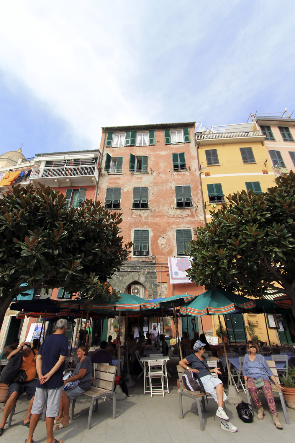 vernazza cinque terre square italy buildings colourful.jpg