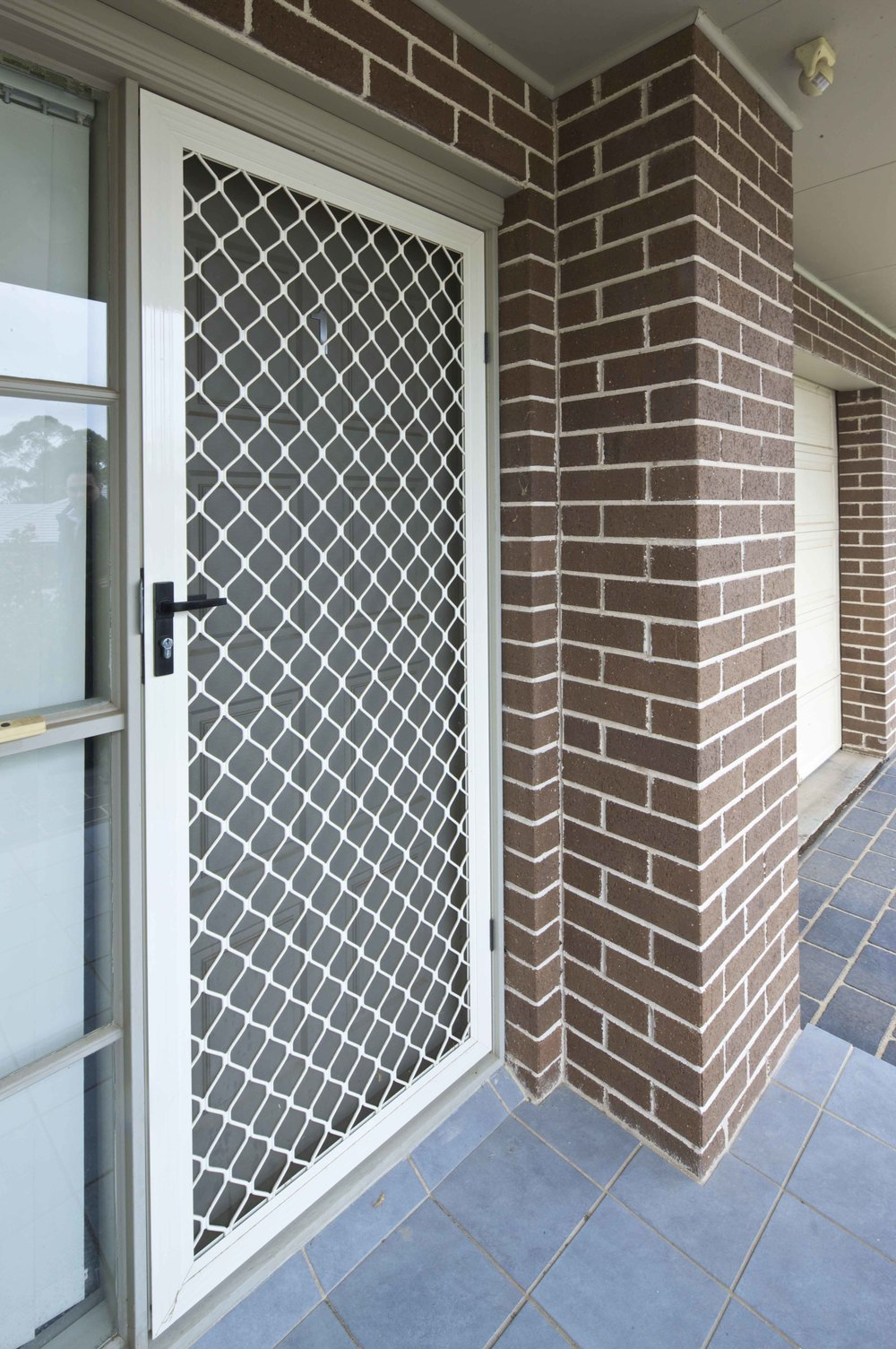 Diamond_Grilles DOOR 2.jpg