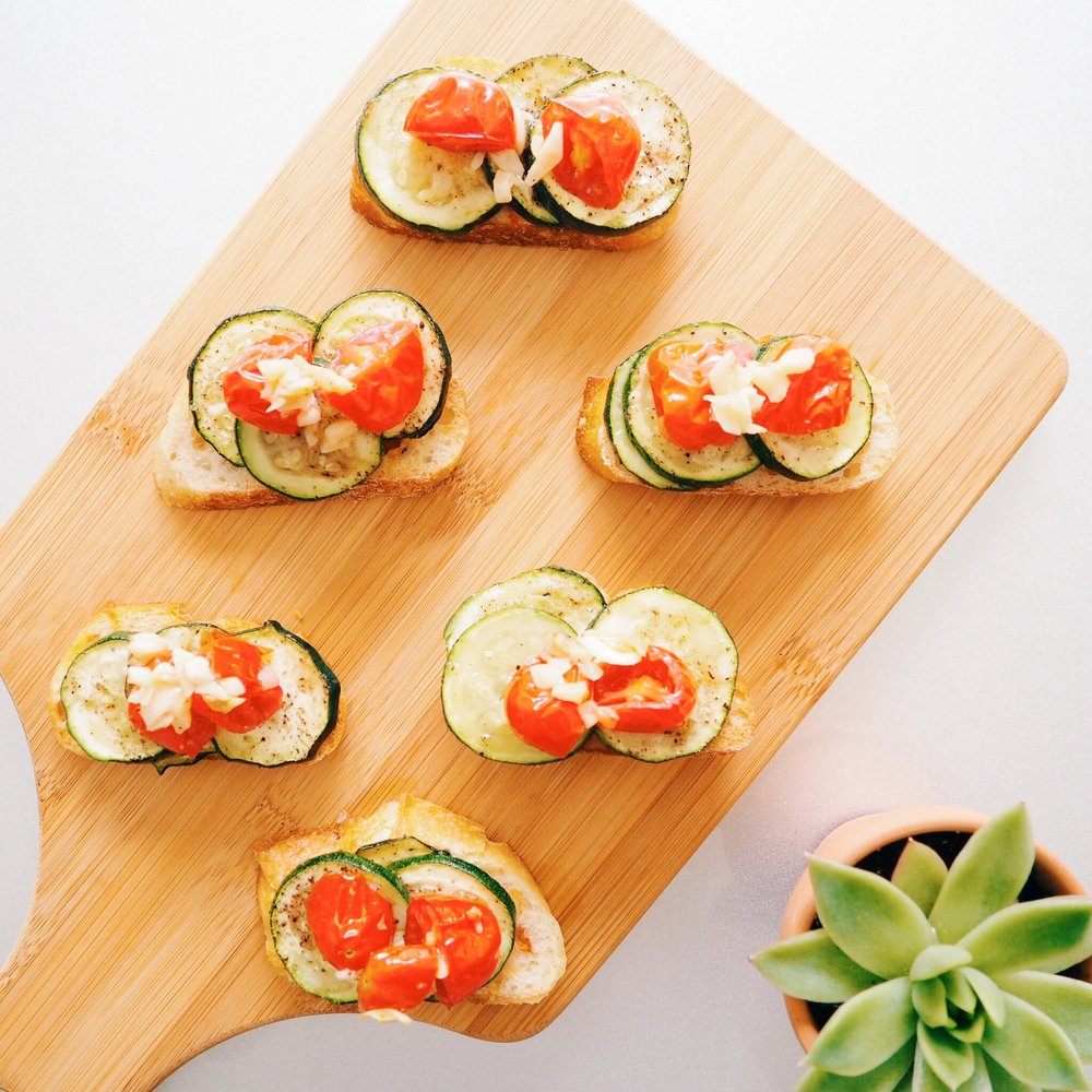 Zucchini Tomato Crostini(6).jpeg