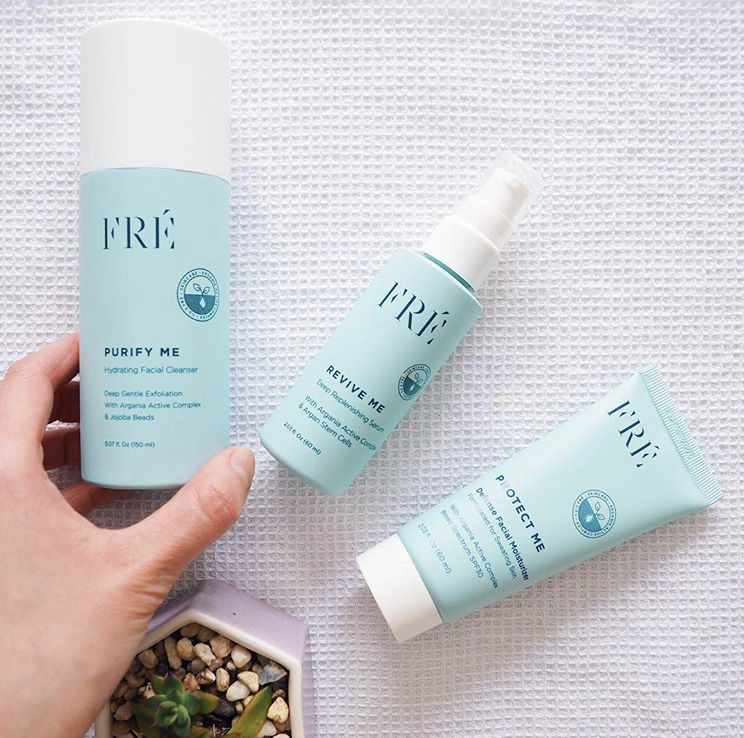 Fre Skincare offers a non-toxic SPF 30 and I currently use this sunscreen as it is oxybenzone free