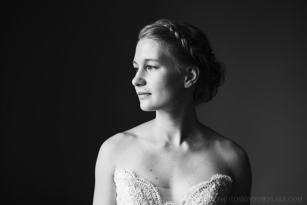 bride BW Snowflake Photography.jpg